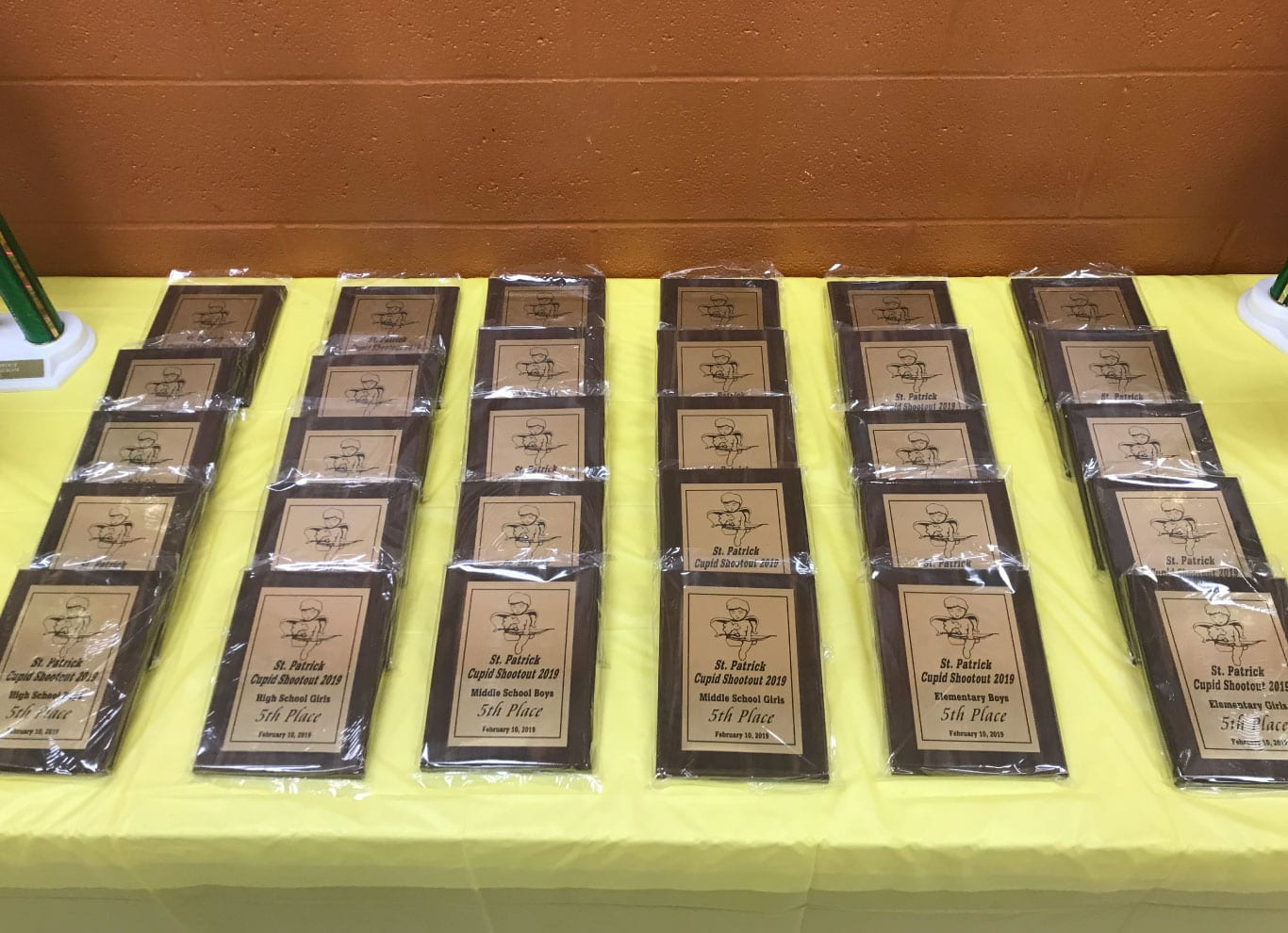 award-plaque-scrolling-award-plaques